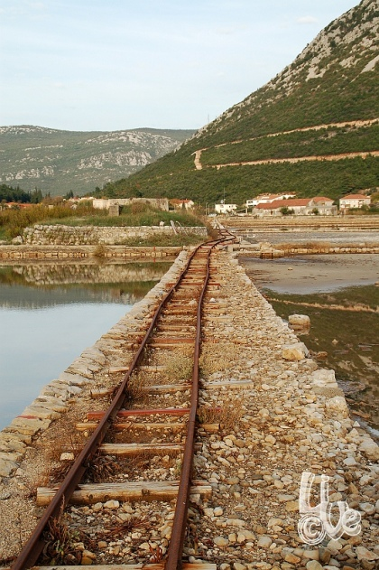 Railway to transport the produced salt