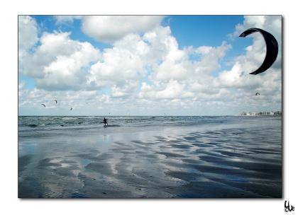 Belgian coast kitesurfing!